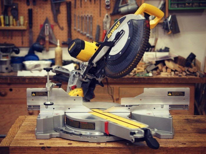 Dewalt DWS780 Miter Saw Review