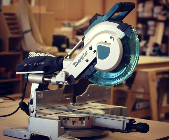 MAKITA LS1016L Miter Saw Review